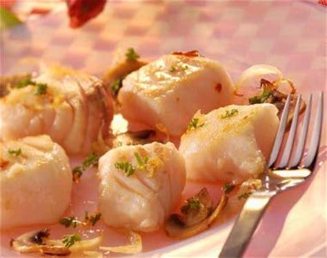 cuisine lotte recette recette estouffade de lotte aux chignons notre