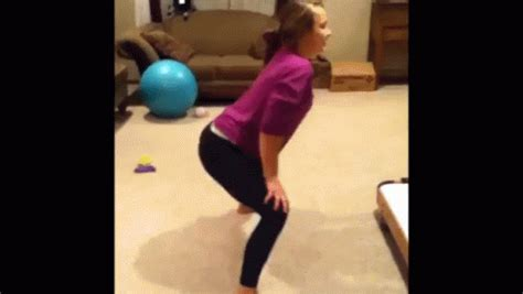Hot Girl Yoga Pants Twerk