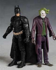 Dark Knight Batman and Joker action figure - Another Pop ...