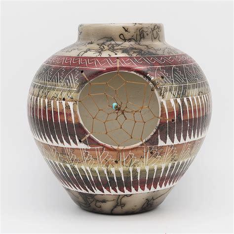 native american navajo pottery vase  jessica billy