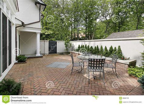 patio de lujo ladrillo foto de archivo imagen 8888700