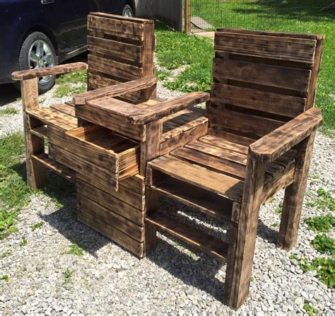 wood pallet outdoor bench chair