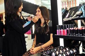 Mac Youth Stores  Makeup Boutiques For Tweens And Teens
