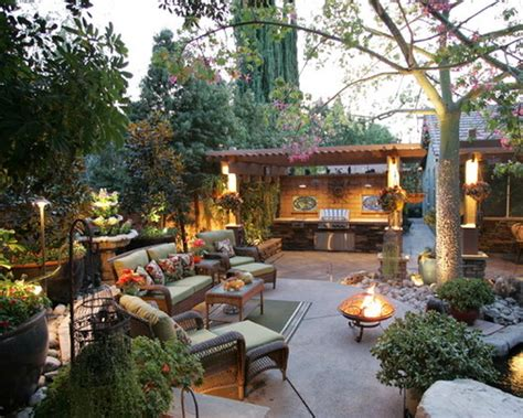 Backyard Entertaining Areas by 20 Backyard Entertainment Areas That Will You Away