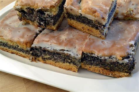 Mohnkuchen Saftiger Kuchen Vom Blech Holozaende
