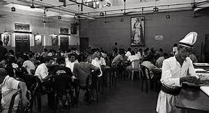 7 Of India's Well-known Pre-Independence Eateries