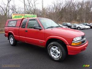 1998 Chevrolet S10 Ls Extended Cab 4x4 In Bright Red