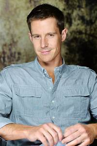Jason Dohring Teases the VERONICA MARS Movie and More ...