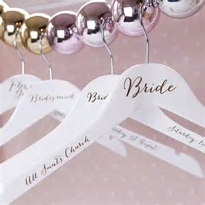 awesome bridesmaid gift ideas 13 awesome wedding gift ideas for bridesmaids chwv