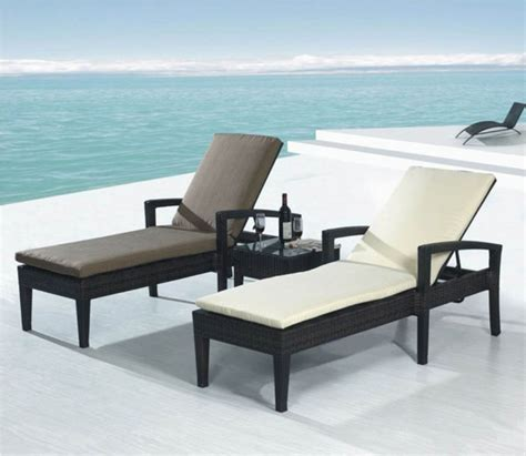 plastic chaise lounge chairs cheap plastic chaise lounge ideas chic chaise lounge sofa