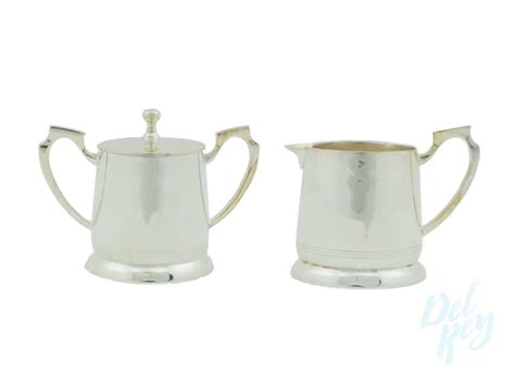 The most common coffee sugar creamer material is ceramic. Silver Plated Creamer and Sugar Set | Creamer and Sugar Rental | Cream and Sugar | Silver Plated Set
