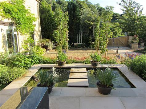 landscaped courtyard ideas courtyard landscape designs artenzo