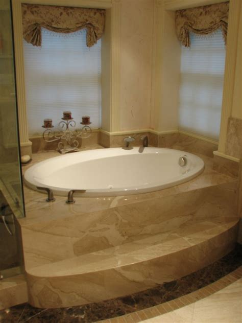 picture  jacuzzi bath tubs  meditterenean house