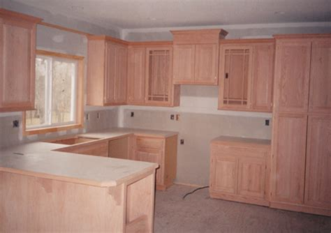 uneven kitchen floor uneven floor to ceiling cabinets pictures to pin on 3035