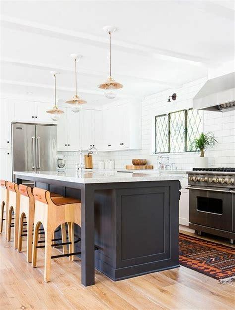 cuisine avec ilot central et bar la cuisine équipée avec ilot central 66 idées en photos