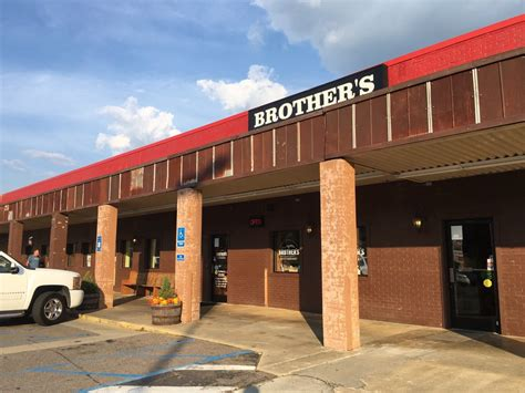 brothers restaurant    reviews american