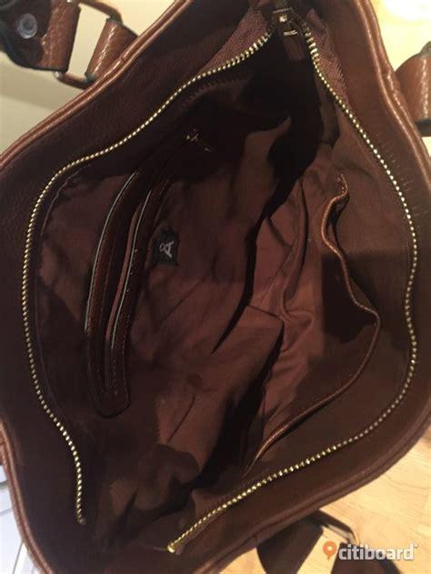 Väskor åhlens