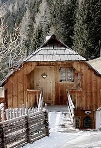 Tiny House österreich : house in alps almdorf seinerzeit austria visit austria pinterest cabin alps and austria ~ Frokenaadalensverden.com Haus und Dekorationen