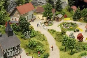 Spur Z Pkw : modellbahn diorama und landschaft bildergalerien ~ Kayakingforconservation.com Haus und Dekorationen