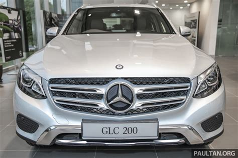 The glc 200 comes with a retail price of rm299,888, while the glc 300 4matic coupe will cost you rm419,888. 主打入门市场,Mercedes-Benz GLC 200 本月尾发布。 Mercedes_Benz_GLC200_Malaysia_Ext-5 - Paul Tan 汽车资讯网