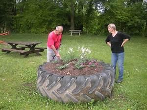 parterre de fleur avec pierre atlubcom With déco chambre bébé pas cher avec fleur en ceramique funeraire