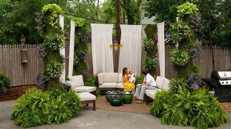 Party Patio - Porch and Patio Design Inspiration