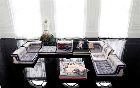 canapé jean paul gaultier living room inspiration 120 modern sofas by roche bobois