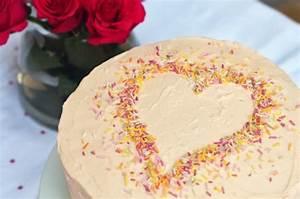 Valentinstag Kuchen In Herzform : valentinstag geschenke selber machen 14 originelle diy geschenkideen ~ Eleganceandgraceweddings.com Haus und Dekorationen