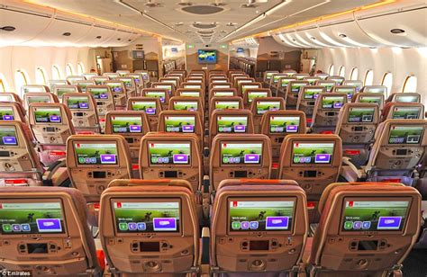siege emirates emirates airbus a380 has a capacity of 615 passengers