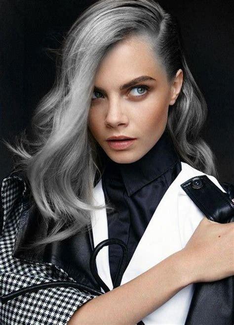 schwarze haare grau färben haare grau f 228 rben und stolz pr 228 sentieren der oma trend