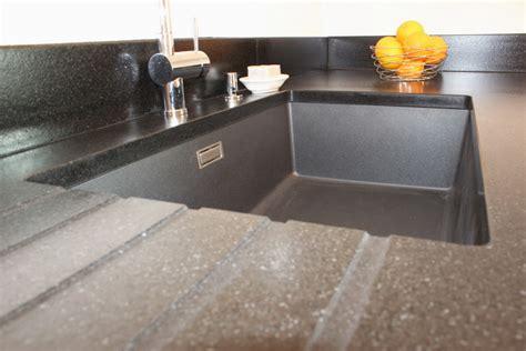 entretien evier granit noir excellent vier sous plan granit with evier quartz noir