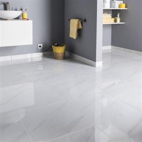 joint carrelage cuisine carrelage sol et mur blanc effet marbre samos l 45 x l 45