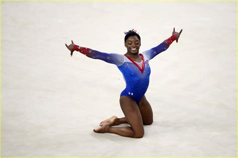 full sized photo of simone biles aly raisman gold silver
