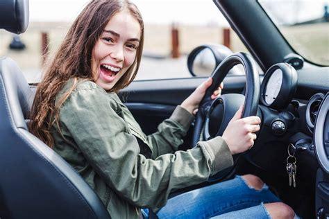 comment choisir sa voiture auto comment bien choisir sa premi 232 re voiture pratique fr