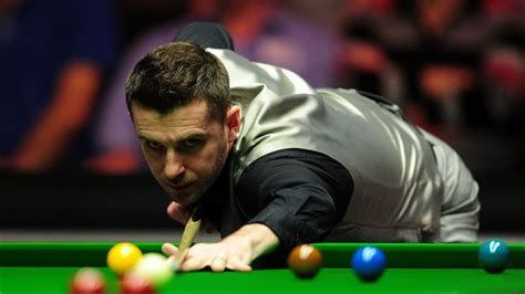 Ronnie O'Sullivan facing battle against in-form Barry ...