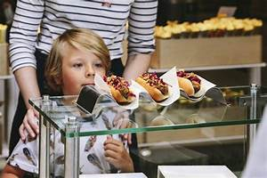 Hot Dog Set Ikea : bite into a vegan hot dog at ikea us and uk ikea hackers ~ Watch28wear.com Haus und Dekorationen