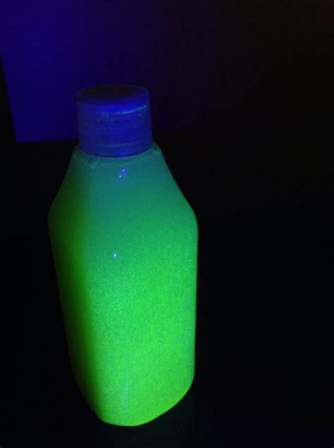 glow   dark glitter glue water   bottle