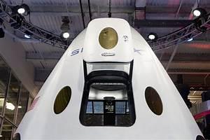 "SpaceX Dragon V2 ""Dragon Rider"" | Mars Artists Community"