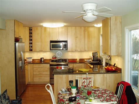 designing small kitchens  simple wooden cabinet