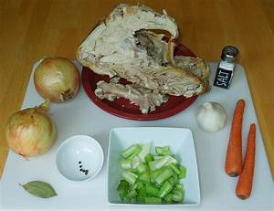 How To Make Turkey Stock - Genius Kitchen