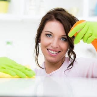 Omas Hausmittel Putzen putzen reinigen hausmittel haushaltstipps ratgeber