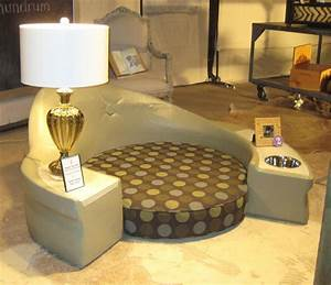 Designer doggy beds all the creatures for Big dog furniture