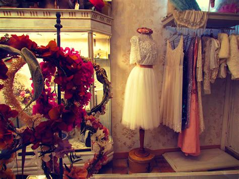 Larca Barcelona Bridal Shop Made Kate Winsletsanic