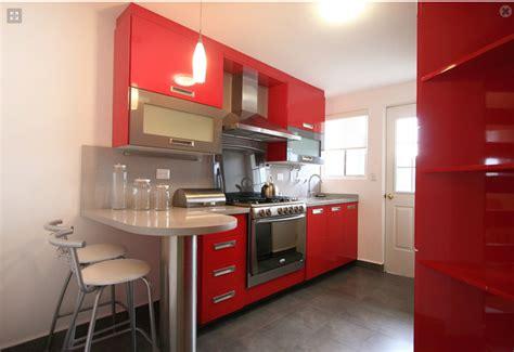decoracion minimalista  contemporanea cocina roja pequena estilo contemporaneo