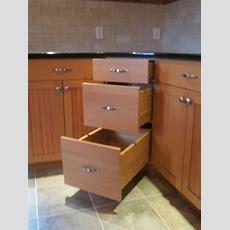 25+ Best Ideas About Corner Cabinet Kitchen On Pinterest