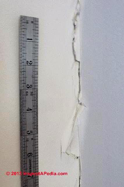 drywall cracks  prevention  cracks