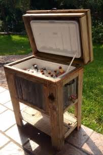 Pallet Bar Stool Plans by Wooden Cooler Found At A Yard Sale Minus The Beer Great