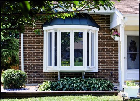 Bow Window Curb Appeal  Simonton Windows & Doors