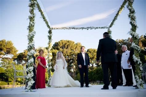 A Guide To The Jewish Wedding Ceremony And Order Of