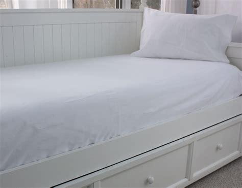 Cape Cod Linen Rental Twin Bed Sheet Options